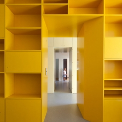 The ''Yellow'' Renovation by Pedro Varela & Renata Pinho