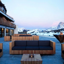 Towards the Italian Alps to discover the 5 star Alpina Dolomites Gardena Lodge & Health Spa - a haven for hedonistic and demanding fans of winter sports ...
