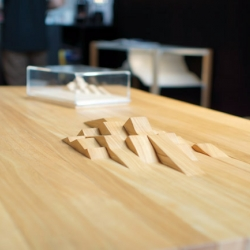Table SUBDUCTION with mountain relief by Benoit CHABERT