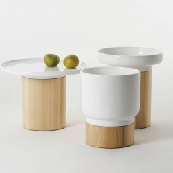 "Apu means ""help"" in Finnland. Designer Hanna Ehlers is half Finnisch and sthe designed the Apu occassional tables for german Label Zeitraum. The ceramic part can be used as a table, a plate oder a vase. It´s  removable."