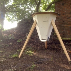 Bee-Hive, developed to give the bees a room which is easier to heat on cold days, to save their energy for health and brood. Beekeeping for beginners. By Sascha Akkermann.