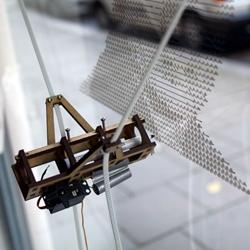 'Der Kritzler' is a tiny drawing machine by Alex Weber from Hamburg.