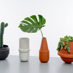Arizona Collection by mpgmb. Materials: Glazed stoneware and unglazed terracotta.