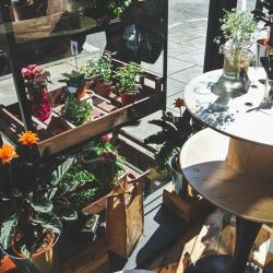 Beautiful Artisan Roast in Stockbridge neighborhood, in  Edinburgh. As they say, a place to relax and enjoy Coffee + Flowers.