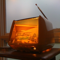 Avid DIYer Atomic Indy created this hip table lamp from an old, discarded TV!