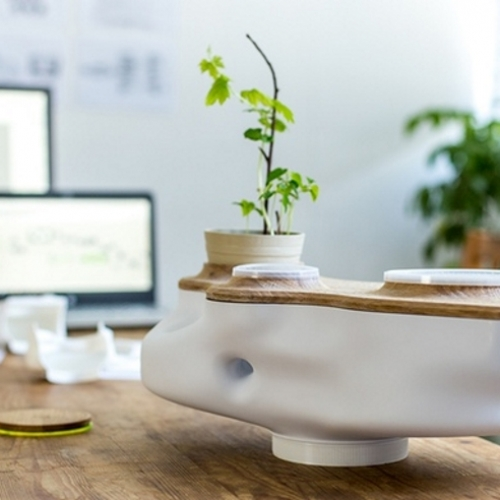 BIOVESSEL uses food waste to power a micro ecosystem within your kitchen.