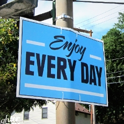 The Brighter Day Project is a suburban street art campaign that spreads positive messages and encouragement  through simple signage.