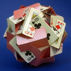 Ball of cards - Thirty cards are required, and each is slotted as in the template below. To build your own, simply copy this pattern onto thirty cards, cut on the red lines, and assemble as in the image.