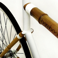 The Bamboocycle UH-02 is an urban cycle created with a sustainable and responsible design vision.