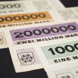 Herbert Bayer's modernist money (notgeld), fresh as ever.