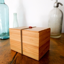 Bamboo Bento Box is a contemporary stack-able lunch box handmade in Kyoto. Using bamboo makes it very durable and lightweight.