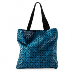 Check out these sexy new totes from Issey Miyake!