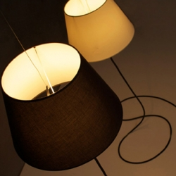Ghost is a beautiful lamp that almost floats in the room. An idea from designer Tim Baute and his label Interror.