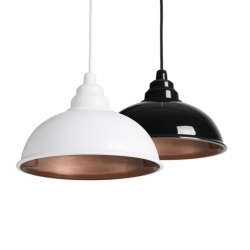 Botega, from Enrico Zanolla, new suspension lamp inspired by traditional warehouse pendants.
