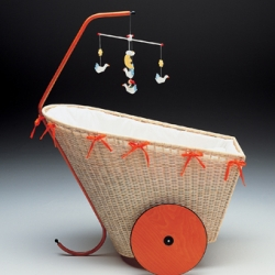 Horm Chicca baby cradle designed by Michaela Baldessari