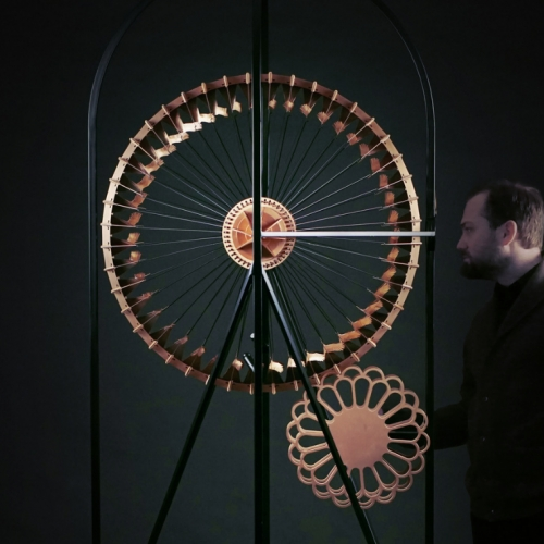 Copper in Motion: interactive sculptures for the EMC2 Hotel's lobby, by Larose Guyon.