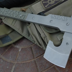 """New handmade space age combat axe from knife maker Jens Anso. Made from high alloy steel, titanium and G10. Would fit nicely into a """"Riddick vs. Predator"""" movie."""