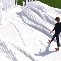 Over 20,000 pool noodles were used to create SoftMatter. A temporary cascading landscape by PROJECTiONE.