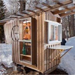 Built by Derek Diedricksen, the tiny Gypsy Junker cabin is made from recycled materials and measures a mere 32 sq. ft.