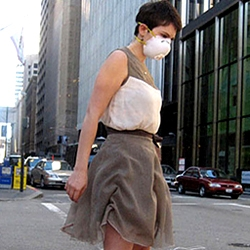 Pollution sensitive 'EPA Dress' by Stephanie Sandstrom wrinkles on bad air days via embedded sensors.