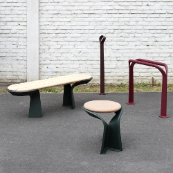 Poa is an outdoor furniture collection designed by Studio BrichetZielger for Axurbain.