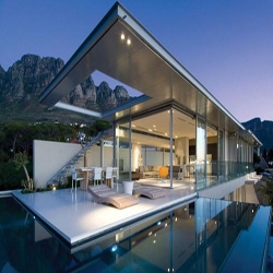 Designed by Cape Town's most beloved architect, Stefan Antoni Olmesdahl Truen Architects (SAOTA), this amazing house was named First Crescent Villa.