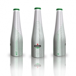 We present the bottle GREEN LINE for Heineken by Ora Ïto...