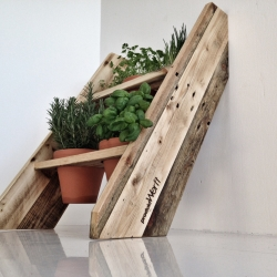 Balkony-Garden for small spaces, made from reclaymed wood