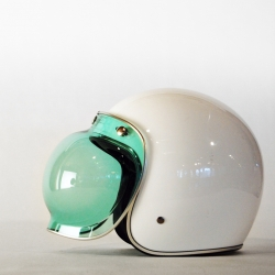 The beautiful Bell Jet Bubble Visor might be the perfect addition to your bike helmet!