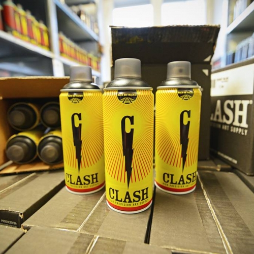 The worldwide famous spray paint for graffiti CLASH is back on tracks with a new temporary Yellow livery.
