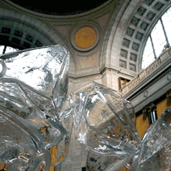 Stunning site-specific blown-glass sculptures by GleamLab. Would LOVE to try this.