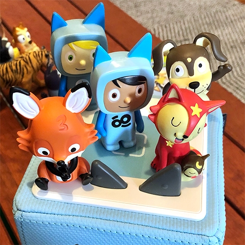 Tonies! The Toniebox is a modern music box for kids - a padded speaker cube that responds to NFC figurines placed on top. Peek at my unboxing of the new GoNoodle x tonies Mindfulness Starter Set!