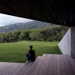 Short film by photographer Cristobal Palma: House in Maui by Dekleva Gregoric Arhitekti