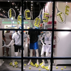 This project was commissioned to display the window Lacoste boutique in 2010 U.S. Open on the screen to finish the tournament. BY Hugh Hayden Design.