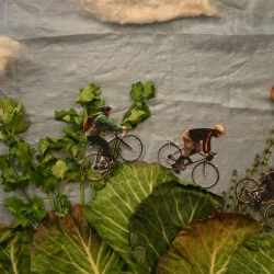 Check out this little stop-motion and help three friends from Brooklyn fund their Farmcycle trip, an adventure in Europe involving cycling between, visiting and working on 30 farms in Europe.