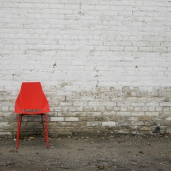 mono and blu dot partner to create the Real Good Experiment. November 4 and 5, 25 Real Good chairs will be placed on the streets of NYC, free for the taking. Where will they end up?