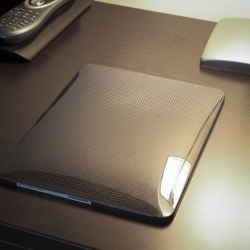 monCarbone HoverCoat Real Carbon Fiber iPad Case  - made completely out of 100% real carbon fiber.