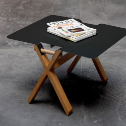 Intersection, a coffee table by Thomas Merlin.
