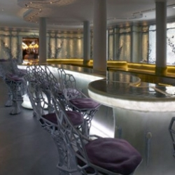The Ladurée Bar : the french House of macaroons deals with ancestral and futurist design for that new trendy place.