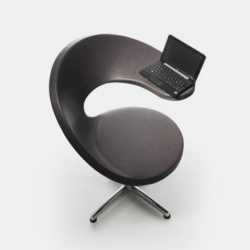 Martin Ballendat created N@t: a Netbook-lounge armchair, for the Italian manufacturer Rossin.