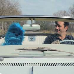 Jon Hamm and a blue yeti puppet are the stars of the new music video of Herman Dune, an indie folk rock band. Directed by Toben Seymour.