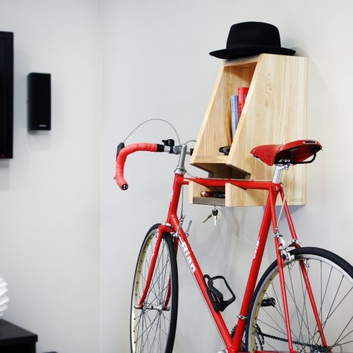Killwood Bika is the perfect display centerpiece for the urban cyclist. Crafted from upcycled kill wood, Bika has storage for gear, and a rare-earth magnet that acts as a dedicated keyholder.
