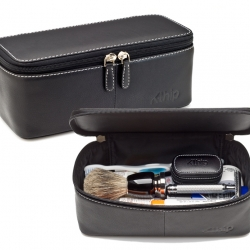 Klhip's Dopp Kit is the 21st century version of an age old favorite! Simple. Modern. Sleek. Compact. Handcrafted in Spain.