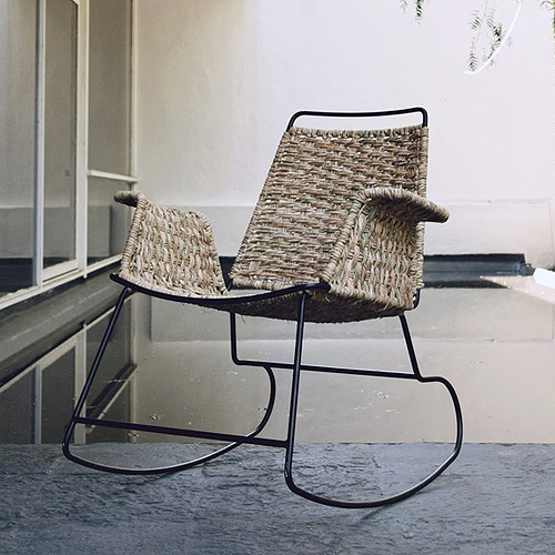 La Norestense is a rocking chair inspired by a traditional mexican chair used by older people in México. La Norestense is a design by Christian Vivanco for Los Patrones.