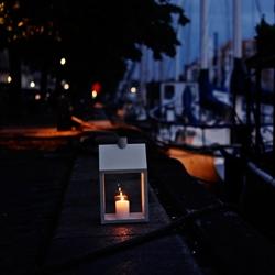 LightHouse is a modern lantern designed by the Danish designduo Holmbäcknordentoft for Normann Copenhagen.