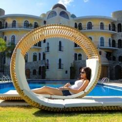 Loopita Bonita designed by Mexican industrial designer Victor M. Aleman.