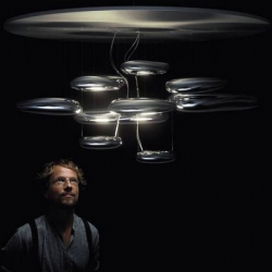 Artemide released a version of its famous dome lighting Mercury signed Ross Lovegrove