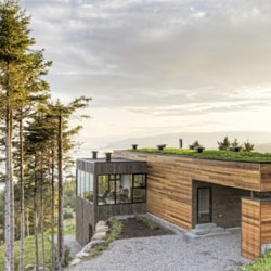 Les Terrasses Cap-á-l'aigle in the Charlevoix Region, Quebec by MU Architects.