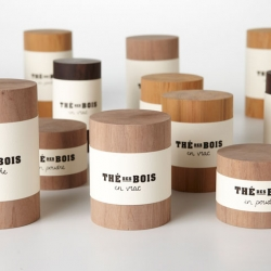 Teas from the forests of American Indians and containers evoke the purity of wood and forest. Concept designed by Marie-Andrée Pelletier Cyr.