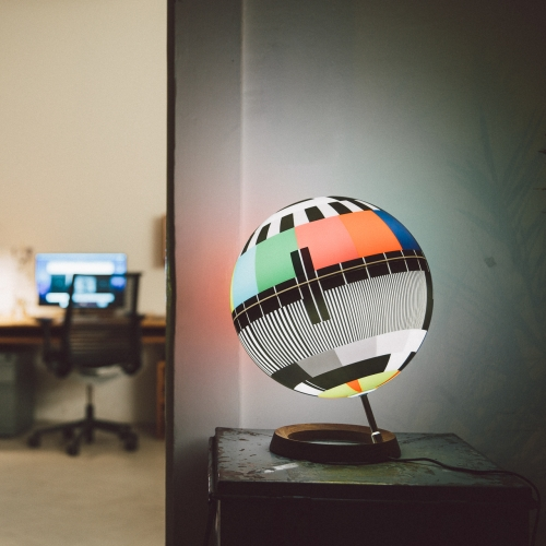 MONO LAMP - A design lamp made in Italy inspired by TV test cards.